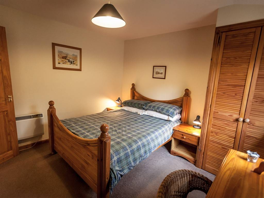 woodside lodge double bedroom